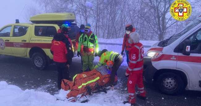 soccorso alpino neve ambulanza